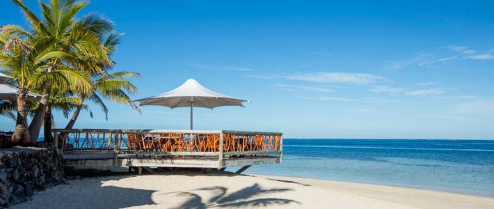 castaway island resort dining