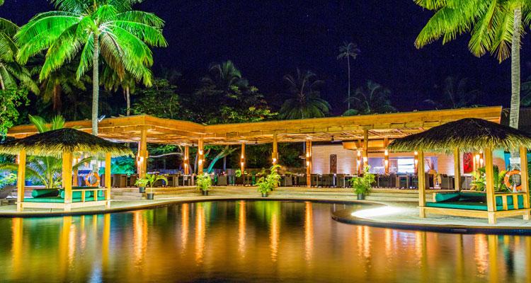 lomani island resort dining