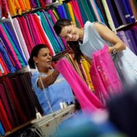 fiji-markets-shopping2