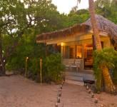 Castaway Island Resort Fiji – Bure