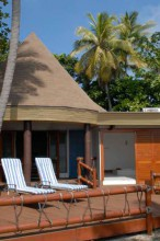 mana-island-resort-fiji-bures
