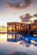 mana-resort-fiji-pool-sunset