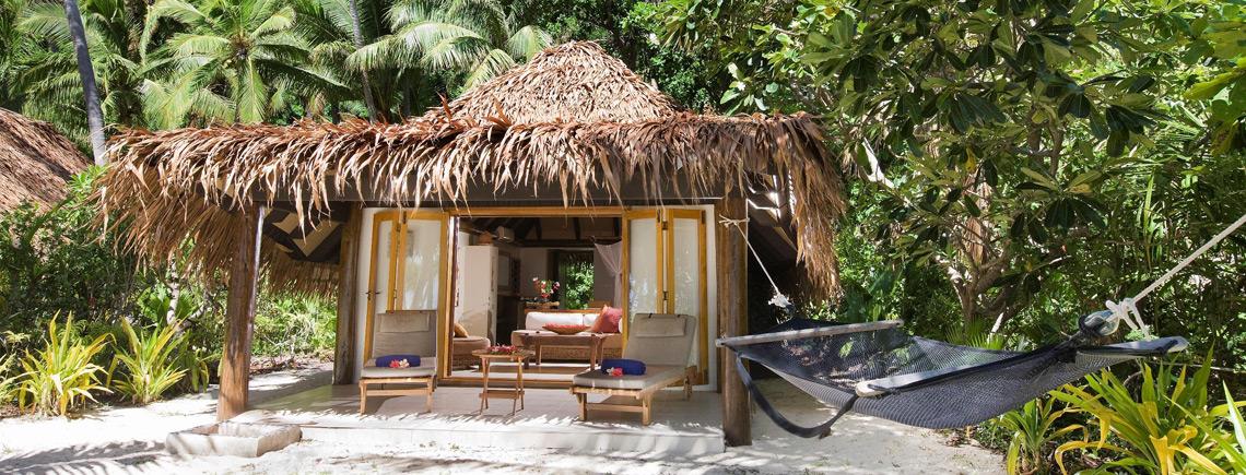 beachfront bure accommodation fiji