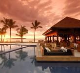 Fiji Beach Resort Hilton Bar