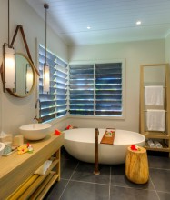 Vomo Resort Fiji Bathroom