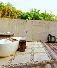 Vomo Resort Fiji Outdoor Bath