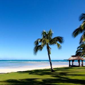 intercontinental resort fiji beach