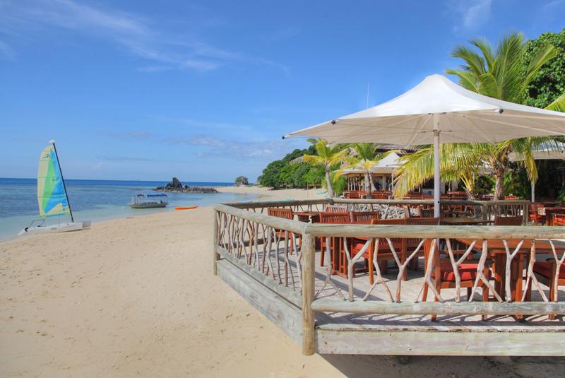 castaway island resort fiji dining