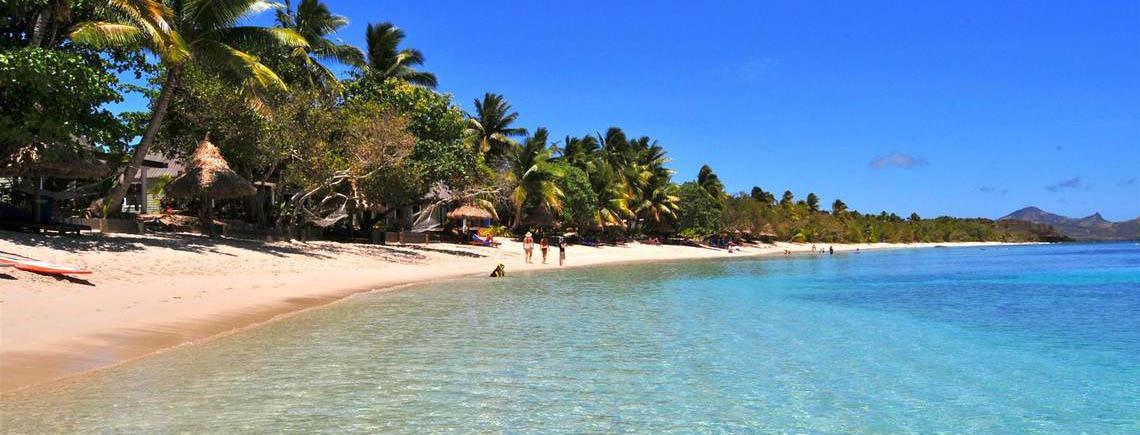 blue-lagoon-resort-fiji-beachfront