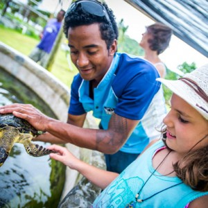 fiji islands cruise holiday kids free