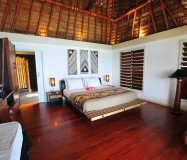Octopus Resort – Premier Beachfront Bure
