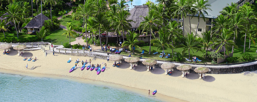 fiji family holiday outrigger