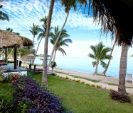 Tropica Island Resort – Beachfront Bure