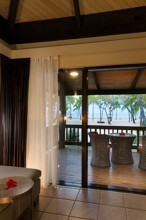 Double Tree Resort by Hilton Hotel Fiji – Bure Deck