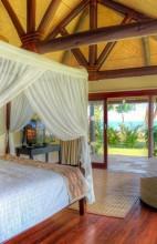 Nanuku Auberge Resort Fiji – Bedroom Beachfront Villa