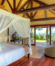 Nanuku Auberge Resort Fiji – Bedroom Beachfront Villa