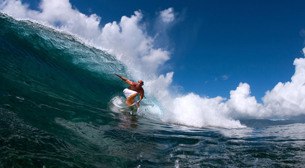 surfing mamanuca islands fiji