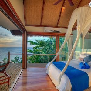 royal davui plunge pool suite west bedroom
