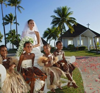 Fiji Wedding Inspiration – Chapel