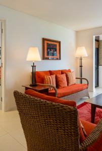 Sheraton Denarau Fiji – Lounge and Bedroomsheraton-denarau-fiji-lounge-bedroom