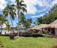 Tropica Island Resort – Beachfront Bures
