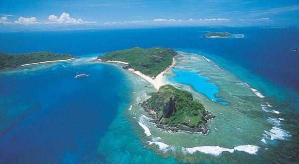 mamanuca yasawa islands cruise fiji
