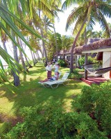 Outrigger Fiji Beach Resort – Bure Exterior