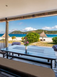 Paradise Cove Resort – Beachhouse Balcony