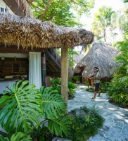 Castaway Island Resort – Spa
