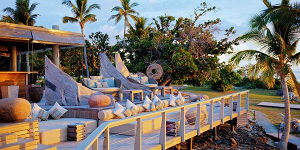vomo island resort bar