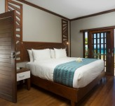 Yatule Resort Fiji – Beachfront Bure