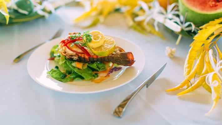 qamea resort fiji food