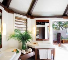 Yasawa Island Resort – Deluxue Bure