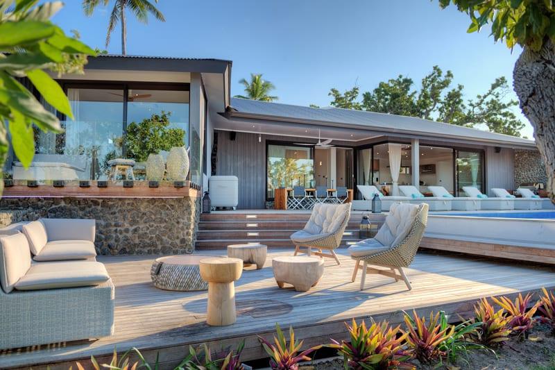 vomo island fiji accommodation beachhouse outside