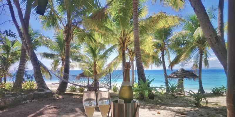 treasure island fiji honeymoons