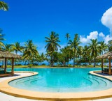 Lomani Island Resort – Pool