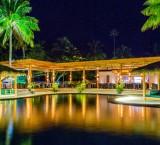 Lomani Island Resort – Poolside Restaurant