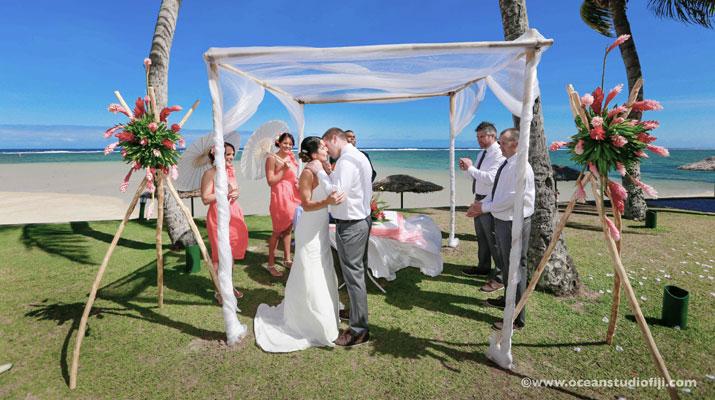 fiji wedding outrigger resort and spa