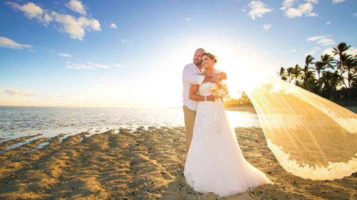 wedding outrigger fiji resort
