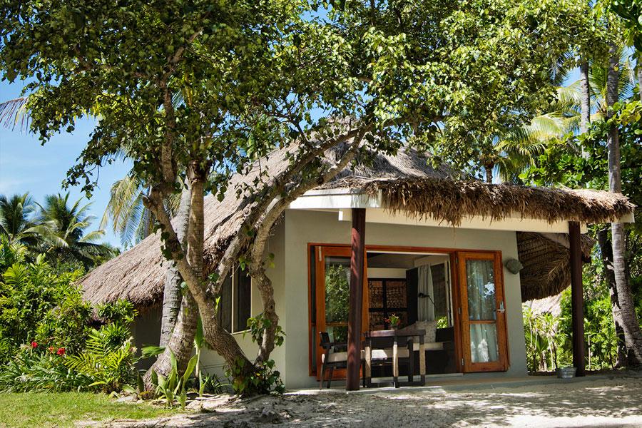 castaway island resort fiji accommodation