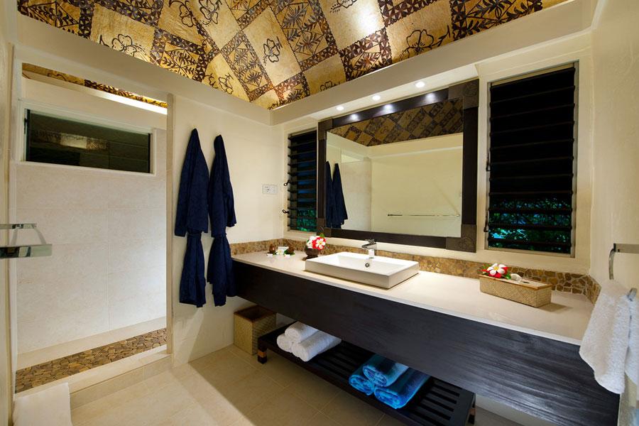 castaway island resort fiji bathroom