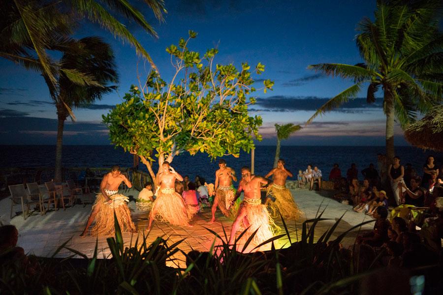 castaway island resort fiji cultural entertainment