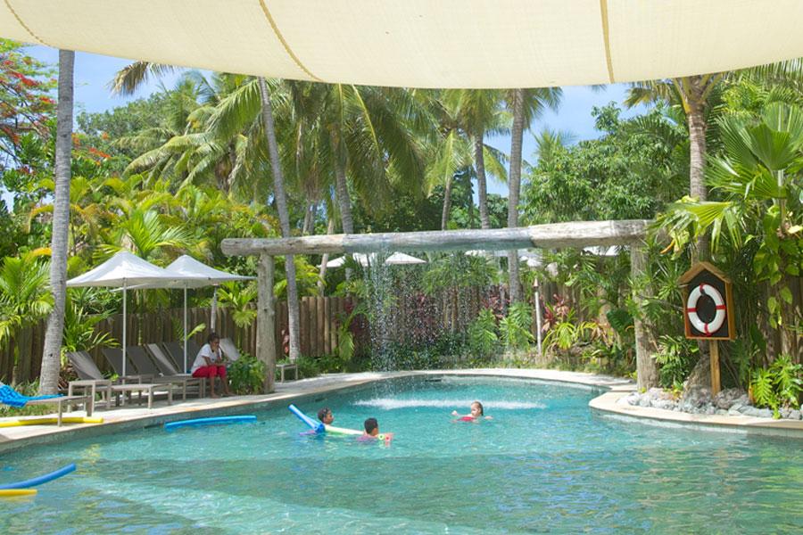 castaway island resort fiji kids pool