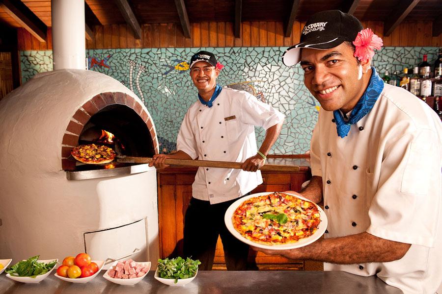 castaway island resort fiji pizza restaurant