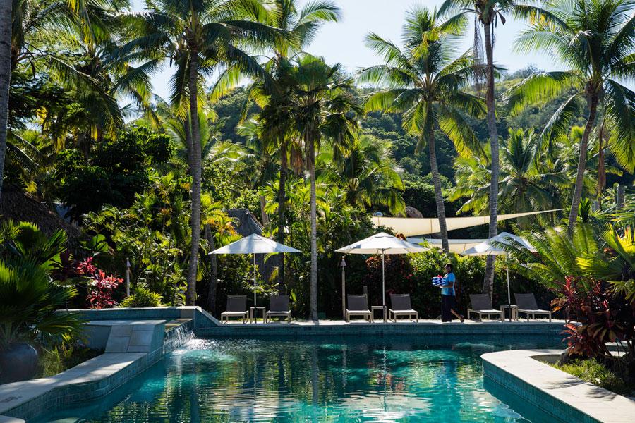castaway island resort fiji pool