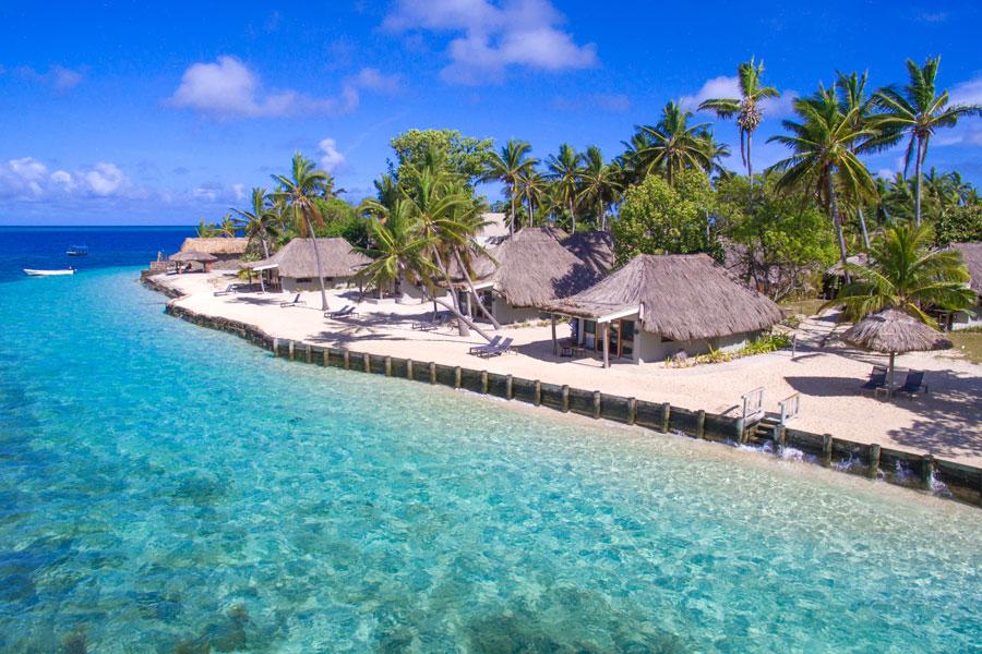 castaway fiji beachfront bures